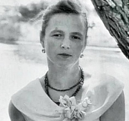 Kulagina as a young woman
