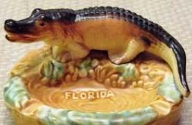 photo of alligator ashtray